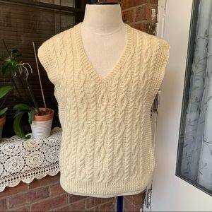 Men's Sweater Knit sleeveless Ivory Sz M NWOT